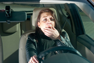 drowsy driving i19877681